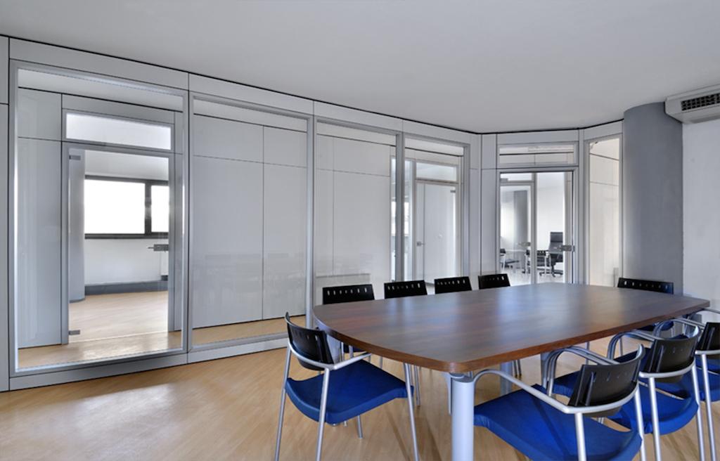 Divisori Per Ufficio In Vetro : Pareti divisorie mobili per ufficio roma arredamento e mobili