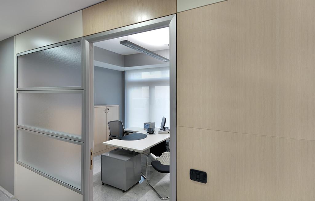 Pareti divisorie in cartongesso sistemi integrati di arredo for Pareti divisorie mobili per interni
